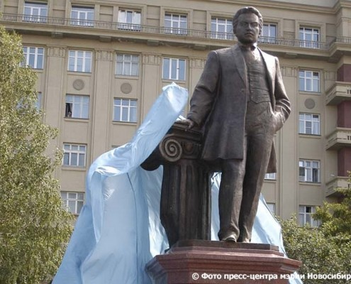 28 июня 2008 откртыие памятника Крячкову