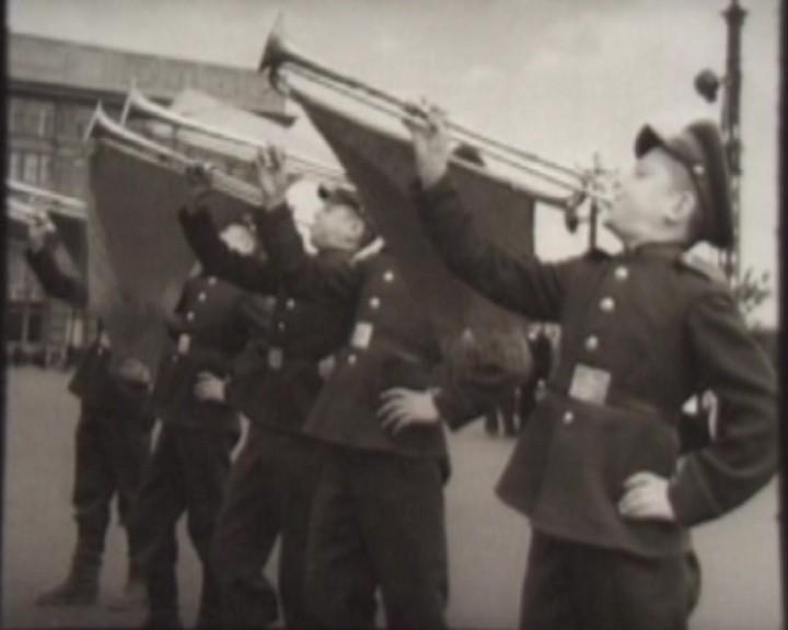 31 Парад шк на пл Ленина