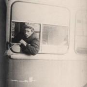 """""""Это я за рулем троллейбуса, усовершенствованная модель ЗИУ, в первых троллейбусах я бы не смог так вылезти в окно!"""" 1968 год."""