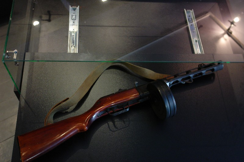 Автомат ППШ (Пистолет-пулемет Шпагина) на выставке Небо войны