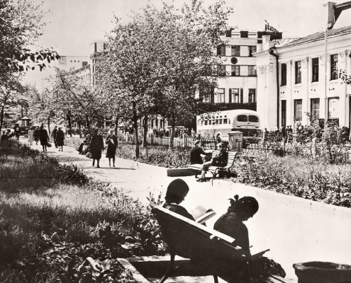Бульвар на Красном проспекте. 1952-54