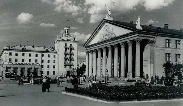 ДК-Горького.-пр.-Б.Хмельницкого.-1950-е