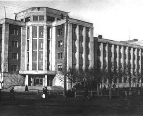 Красный проспект, 53 – здание Сибирского военного округа, начало 1930-х