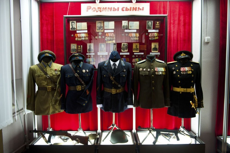 Образцы гимнастерок и кителей ВВС РККА с 1935 по 1945 гг.