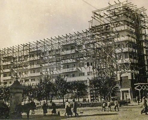 Фотография «Отделка фасадов». 1934 год. // Сайт Новосибирск в фотозагадках: http://nsk-kraeved.ru/