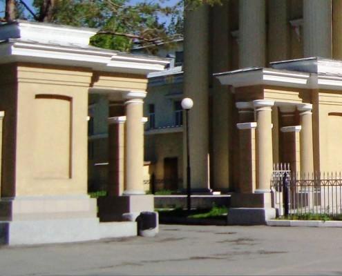 Фотография «Дом молодежи Первомайского района (ворота)».