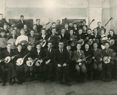 Фотография «Коллектив оркестра народных инструментов, руководитель Петров В.В.».