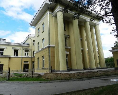 Фотография «Дом молодежи Первомайского района: южное крыло».