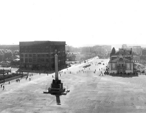 Фотография «Панорамный вид на площадь Сталина» Фотомонтаж панорамы 2. 1947-1948 годы.
