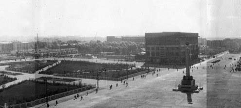 Фотография «Панорамный вид на площадь Сталина» Фотомонтаж панорамы 3. 1947-1948 годы.