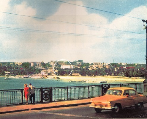 Фотография «Вид на Октябрьскую пристань и будущую набережную с Октябрьского (Коммунального) моста». 1960-е годы.